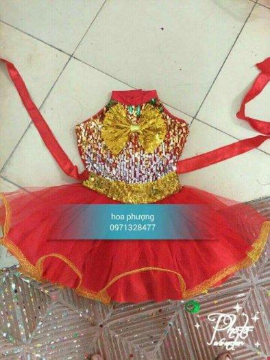 May bán trang phục biểu diễn hoa phượng