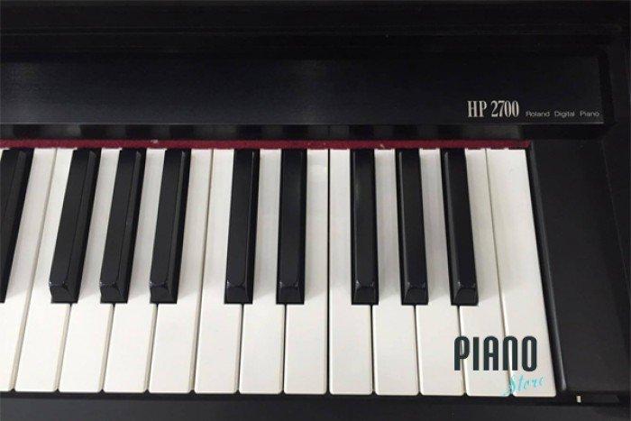 ROLAND HP 2700
