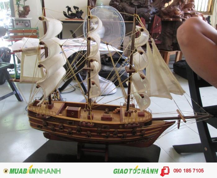 Thuyền buồm trắng3