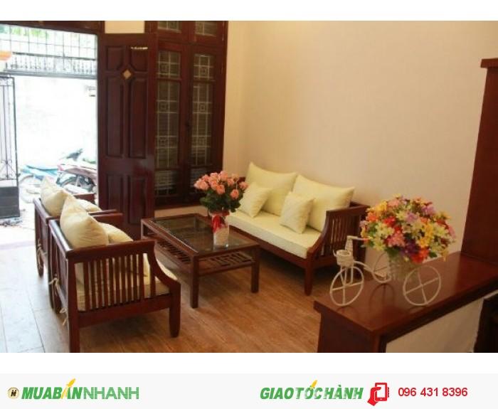 Bán nhà  phố Vĩnh Phúc  -Ba Đình, lô góc kinh doanh đỉnh, DT40m2, giá 7.7tỷ, có thương lượng.!