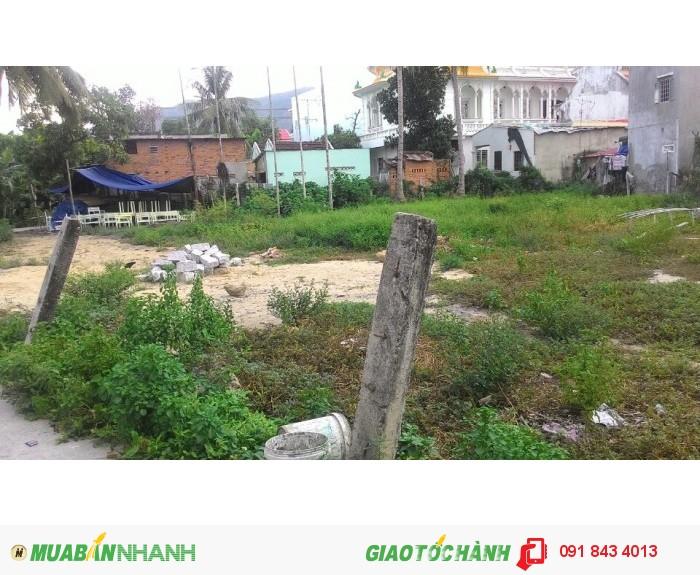 Bán nhanh lô đất Vĩnh Ngọc, giá cực rẻ, thổ 100% bao sang sổ, sổ đầy đủ.