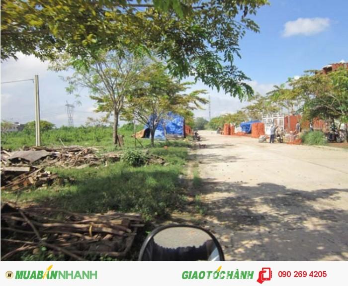 Vợ chồng định cư nước ngoài t/lý gia sản : 600m2 đất và nhà tại bình dương, lh chính chủ .
