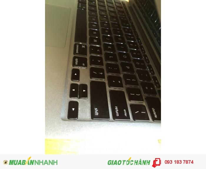 Macbook air 2011 MC968 | phím chiclet, đèn bàn phím cực đẹp.