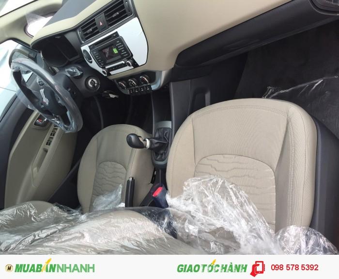 Bán xe Kia Rio mới 100% nhập khẩu nguyên chiếc Hàn Quốc tại Kia Vĩnh Phúc 4