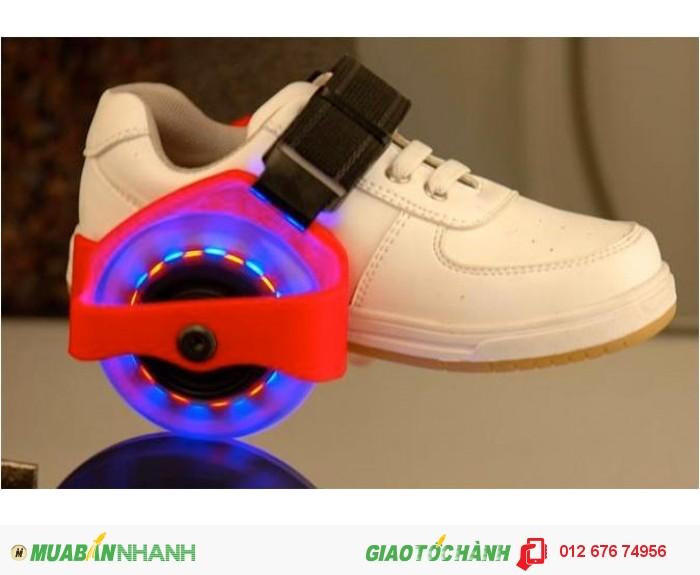 Bánh xe gắn giày thể thao trượt patin