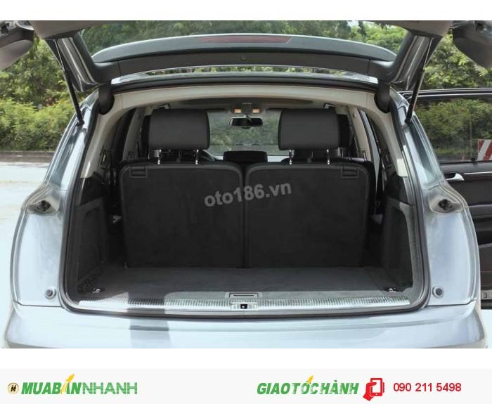 Audi Q7 3.0T Quattro Premium model 2012 4
