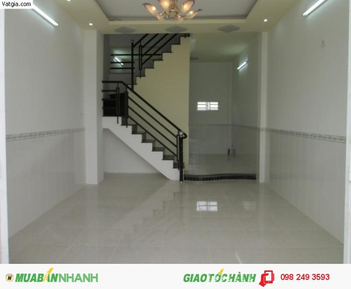 Cho thuê nhà mặt phố đường Nguyễn Thị Minh Khai, P.Phường 5, Quận 3, DT: 11x36m