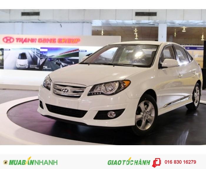 Mua bán xe Hyundai Avante, giảm giá đặc biệt, tặng phụ kiện