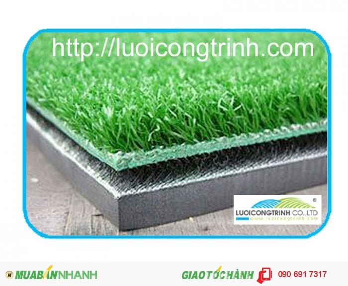 Thảm phát banh 3D Kích thước: 1.5mx1.5mx35cm Khối lượng: 19kg                     Đế cao su dày: 15mm Mặt cỏ dày:10mm  Lớp sợi chất lượng cao dày:10mm, cao su