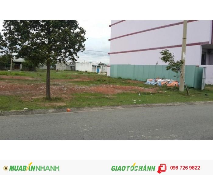 Cần bán đất Lô L sát QL 13, mặt tiền 25m, dân cư đông, giá chỉ 239tr/nền