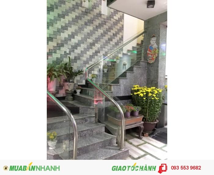 Cho thuê nhà 4 tầng thiết kế đẹp đường Trương Chí Cương