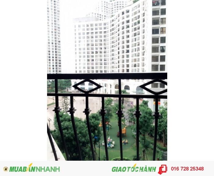 View cực đẹp, Giá cực rẻ với CH 104,9m2 Royal City