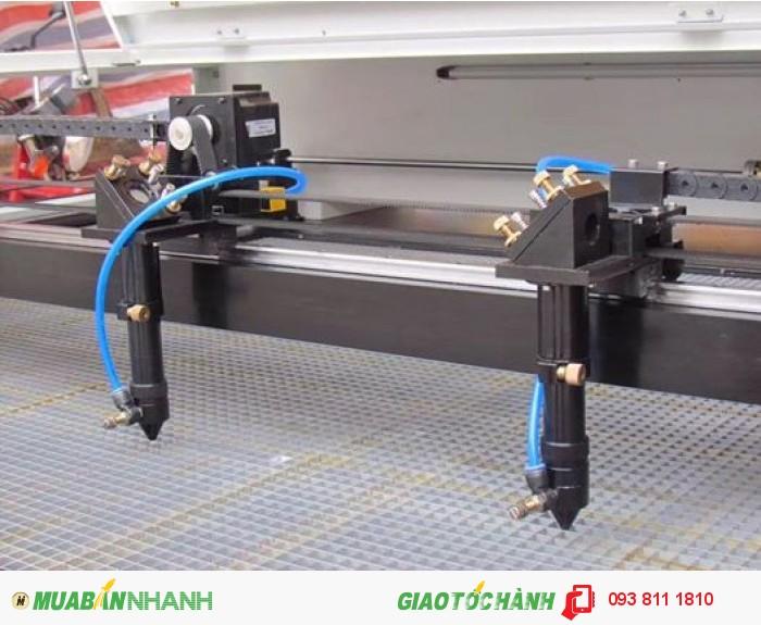 Máy cắt vải , máy laser cắt vải tự động , máy laser 1610