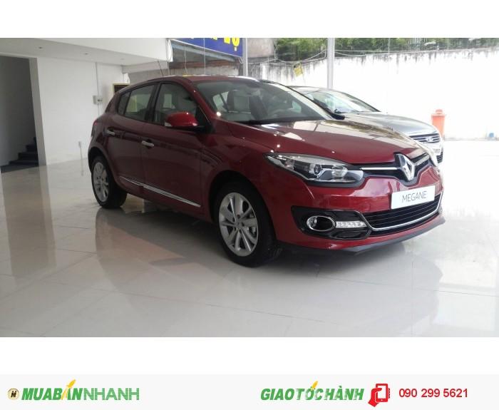 Renault Megane màu đỏ giá gốc