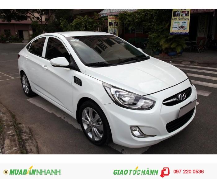 Bán Hyundai Accent 1.4AT xe nhập nguyên con màu trắng 0