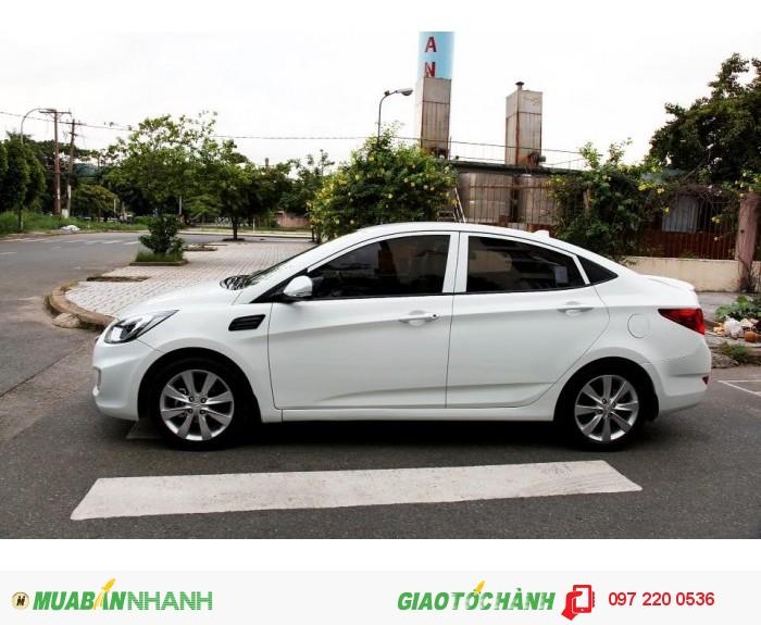 Bán Hyundai Accent 1.4AT xe nhập nguyên con màu trắng 4