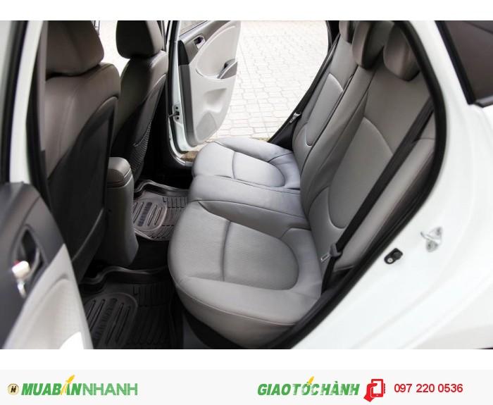 Bán Hyundai Accent 1.4AT xe nhập nguyên con màu trắng 11