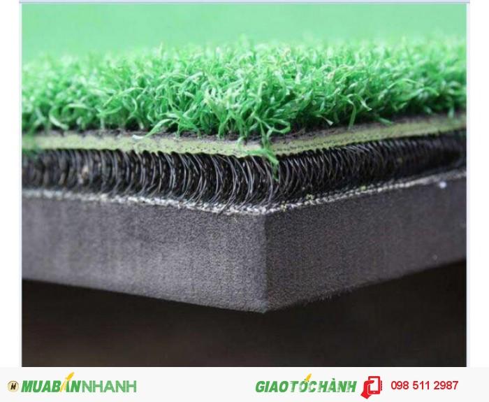 Thảm tập golf swing 3D kích thước 1,5x1,5m giá 6tr Tặng kèm tee cao su và 10 bóng tập