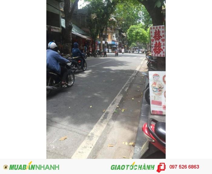 Tôi cần bán gấp nhà mặt phố Lê Duẩn, Hoàn Kiếm, Hà Nội.