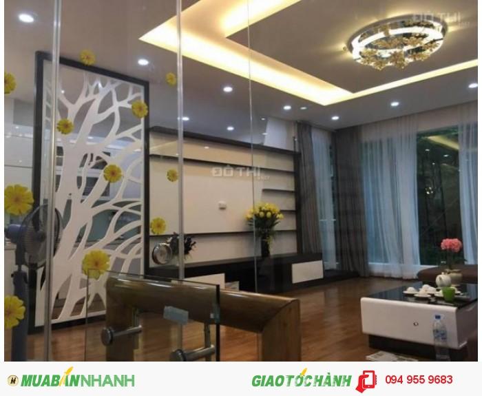 Bán nhà 5 tầng,giá 10,7 tỷ ngõ 106 Hoàng Quốc Việt
