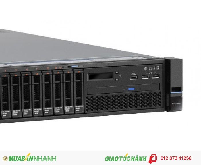 Máy chủ IBM Lenovo System X3650 M5 - 5462C2A