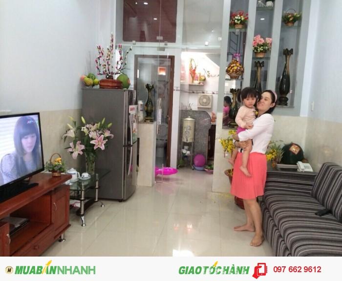 Bán nhà còn mới thiết kế đẹp, Hòa Hảo, P5, Q10. sổ hồng. Giá 3,3 tỷ.