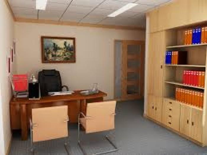 Cho thuê văn phòng tầng 1 mặt ngõ Huỳnh Thúc Kháng