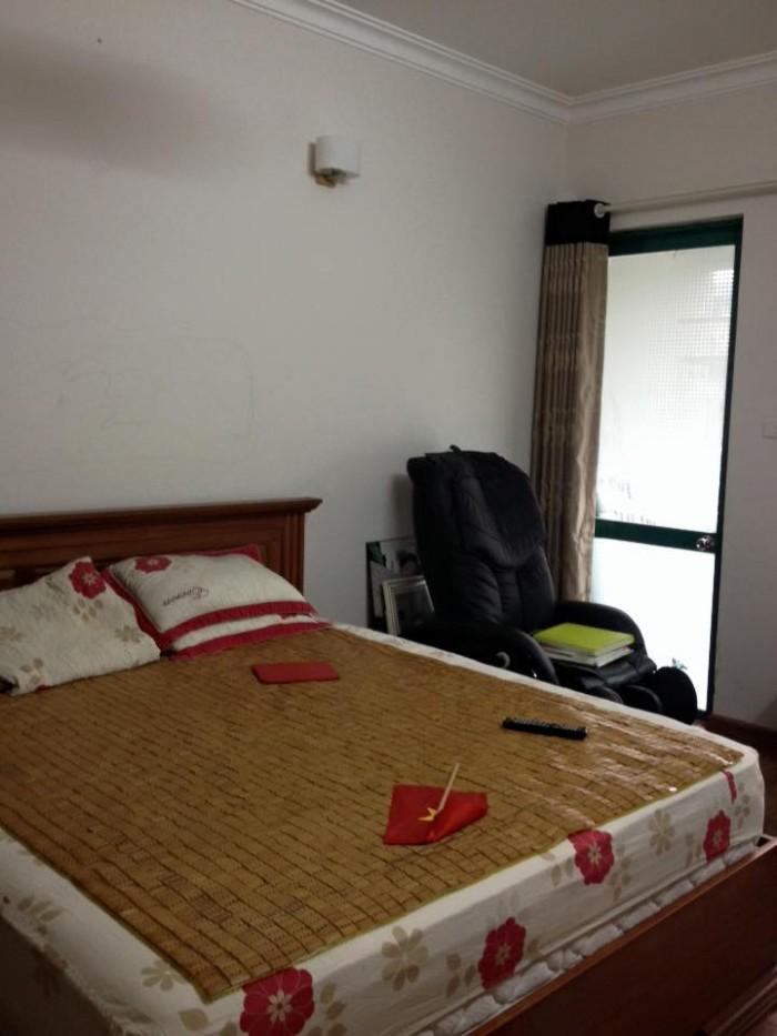 Bán chung cư 18t2 Lê Văn Lương, 102m2, căn góc, sửa chữa đẹp, 30tr/m2