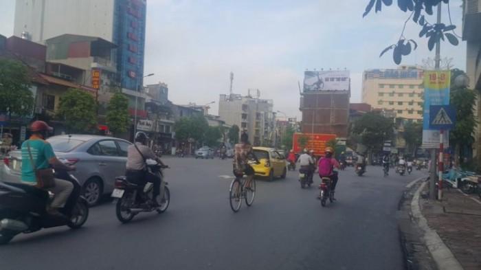 Bán đất mặt phố Kim Mã, Q Ba Đình 110m2, MT 6.1m, giá 38 tỷ