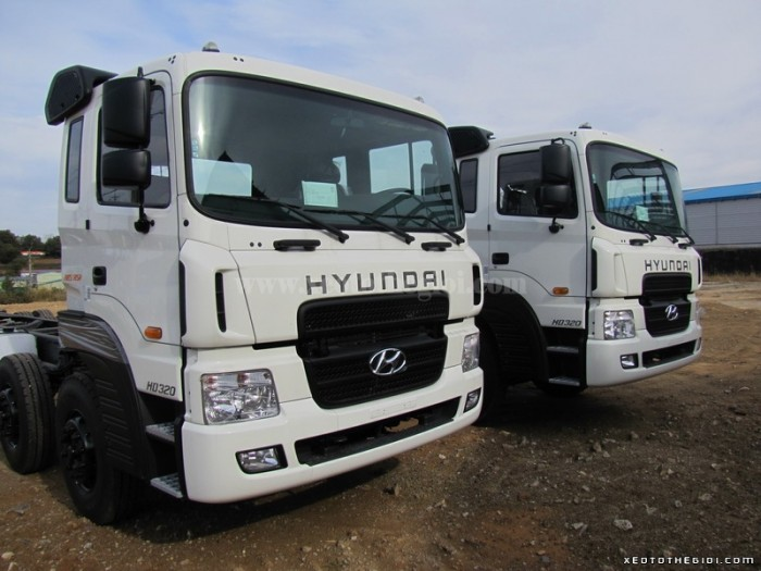 Bán xe tải Hyundai  19 tấn HD 320, xe nhập, giá tốt giao xe toàn quốc