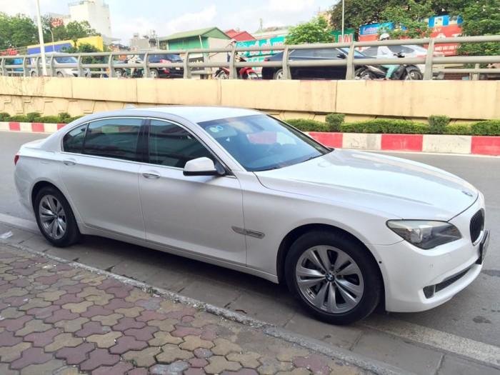 BMW D-Max sản xuất năm 2009 Số tự động Động cơ Xăng