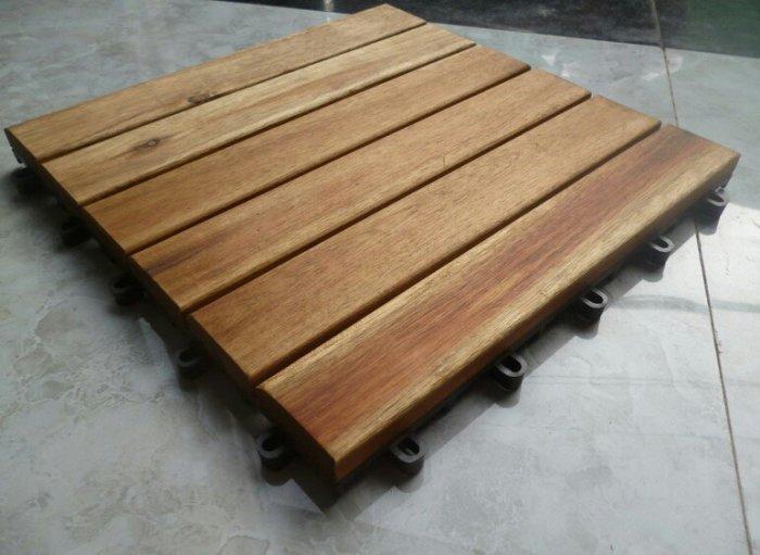 Sàn gỗ vỉ nhựa1
