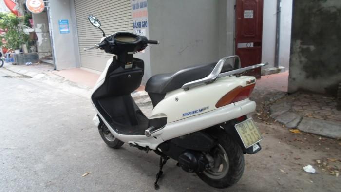 Honda spacy màu trắng biển HN giá 7,5 triệu