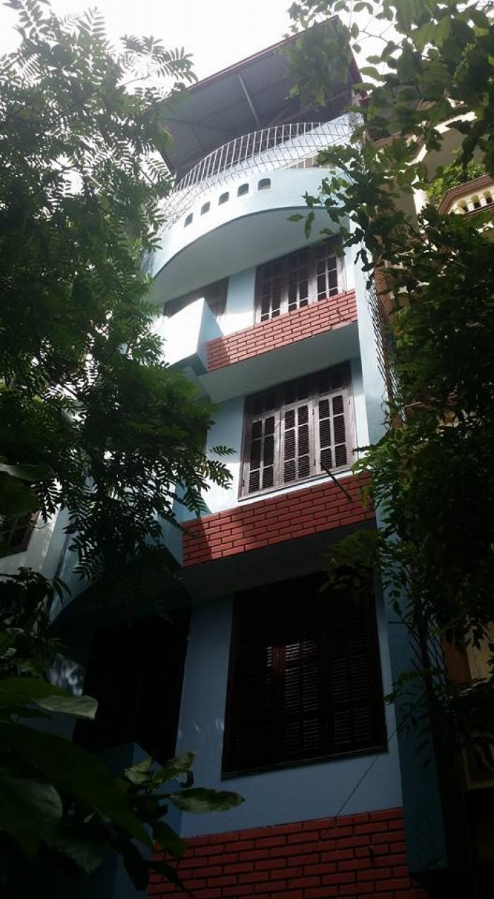 Gia đình cần bán gấp nhà Phân lô A12 Đầm Trấu DT50,3m2, 5 tầng, MT4,6m