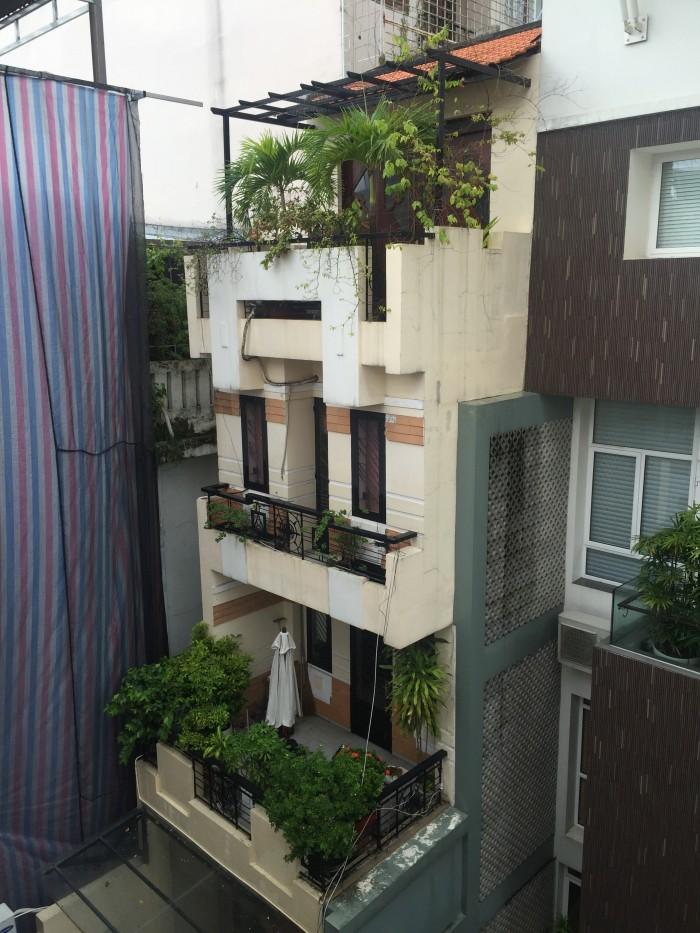Bán nhà HXH 6L đẹp nhất đường Nguyễn Văn Thủ góc Phan Kế Bính.