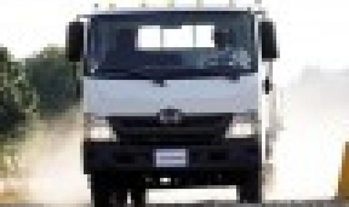 Hino Dutro 300 là dòng xe tải nhẹ 7