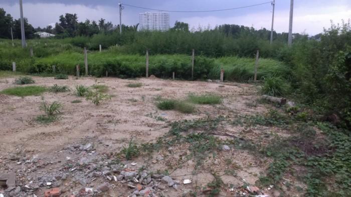 Bán đất DT 1186m2 giá 4tr/m2 tại đường NGÔ CHÍ QUỐC