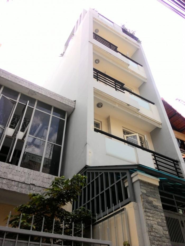 Bán nhà Lý Thường Kiệt, DT: 4.5m x 22m