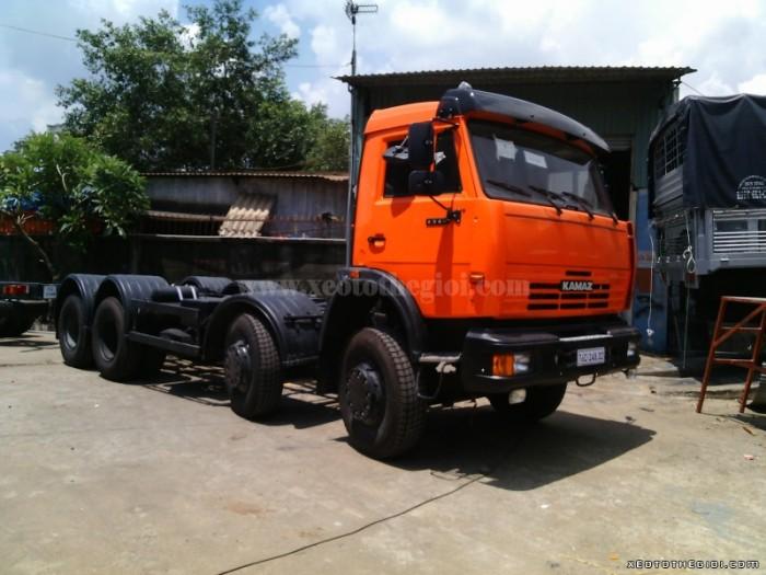 Cung cấp Xe tải Kamaz 6540 20 tấn 8x4 thùng mui bạt thùng dài