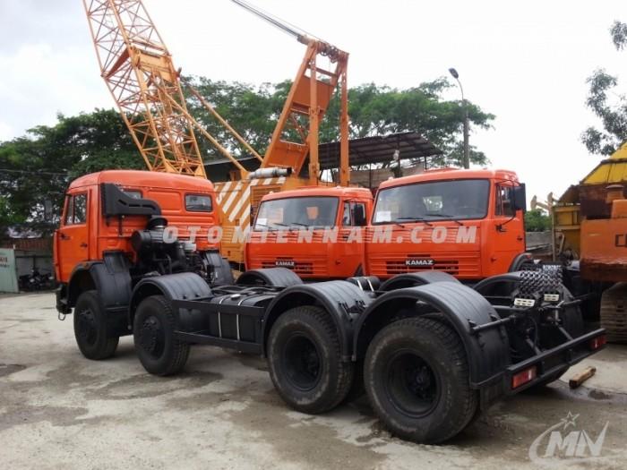 Xe tải Kamaz 6540 18 tấn (khối) 8x4 thùng dài 7.6m nhập khẩu Nga