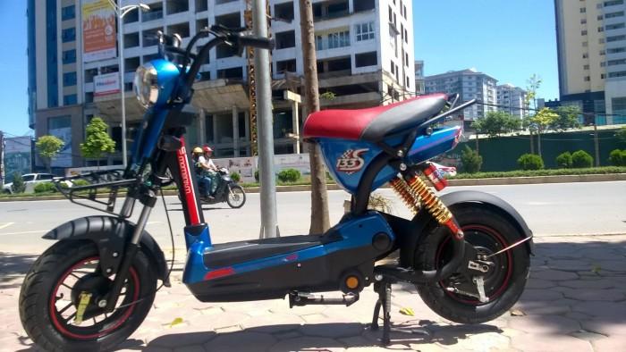 Xe điện bò điên không giảm sóc