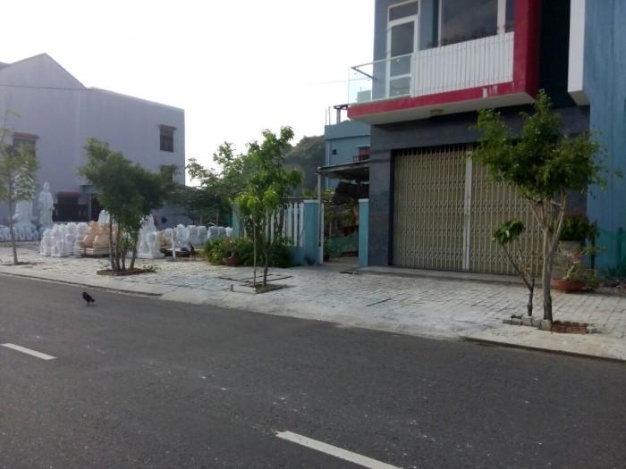 Đất Lê Văn Hiến, Gần Ngã Tư Nguyễn Duy Thuận, Kế Bên UBND Và Bệnh Viện 600 Giường.