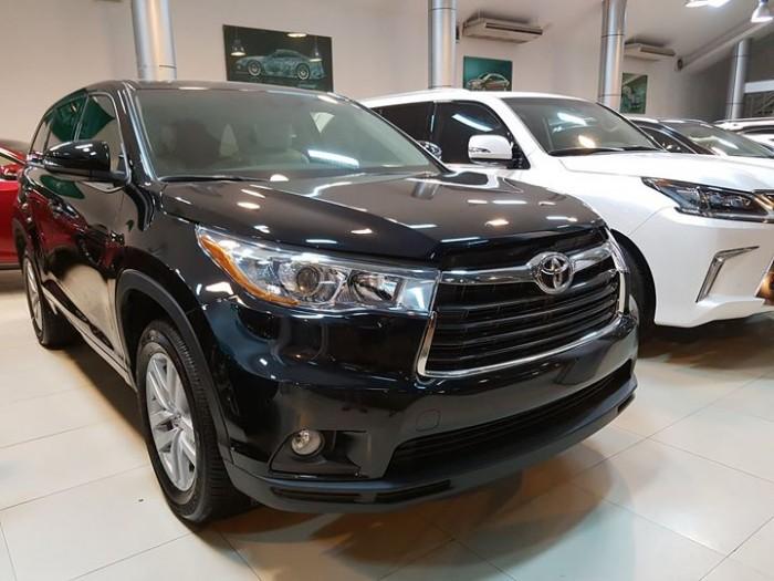 Giao ngay xe mới nhập khẩu Mỹ Toyota Highlander LE màu đen, bảo hành 36 tháng