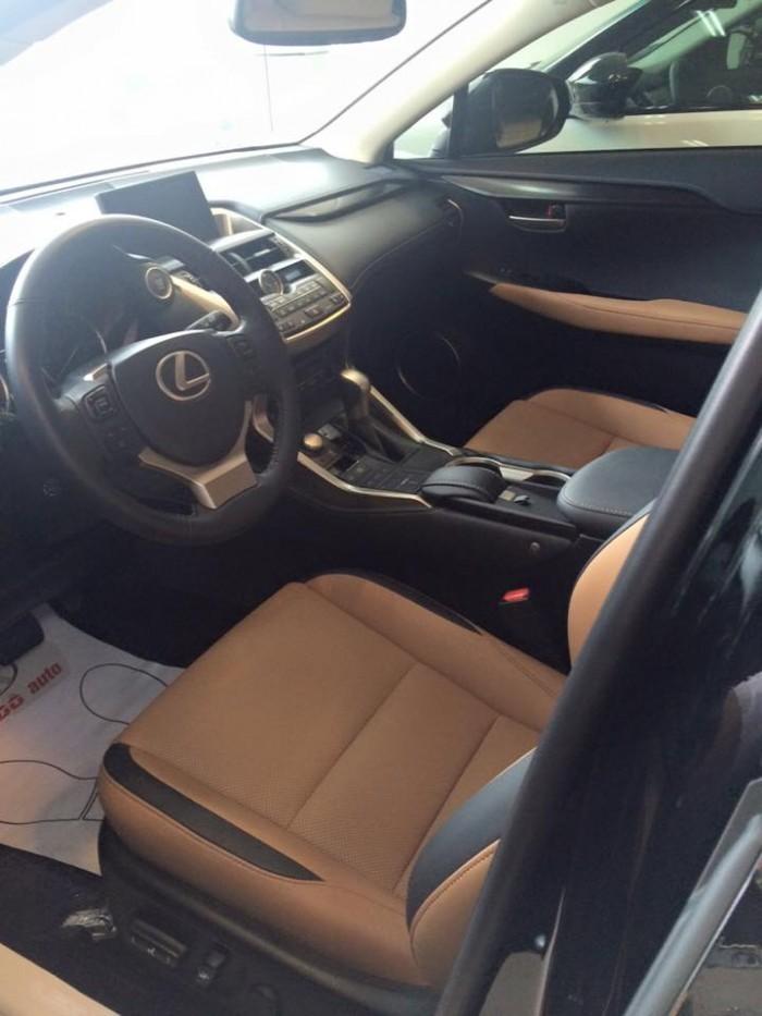Giao ngay xe mới nhập khẩu Mỹ Lexus NX200T, bảo hành 36 tháng