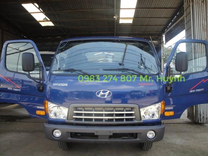 Xe tải hyundai HD700, tải trọng 7 tấn 1, Đời 2016, xe có sẵn giao ngay.