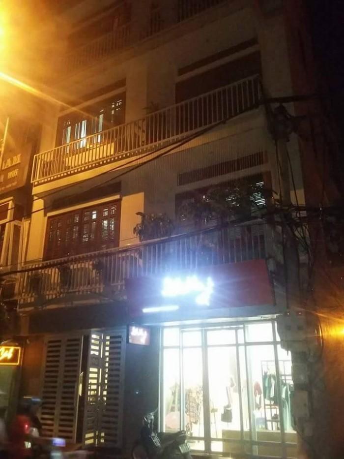 Bán nhà mặt phố Xuân Diệu, 110m2, mt 8m, gần Hồ Tây, KD tốt, giá 26 tỷ