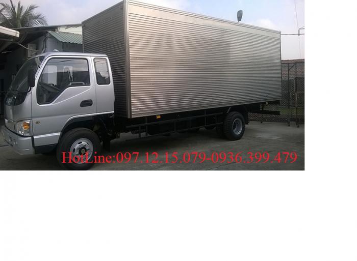 Xe tải JAC 8 tấn thùng  5.7 m - Xe 7.3 tấn thùng dài 6 m 3