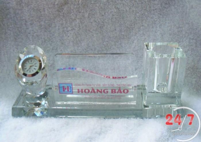 Quà tặng pha lê để bàn quà tặng cao cấp và sang trọng in logo công ty chuyên số lượng lớn1