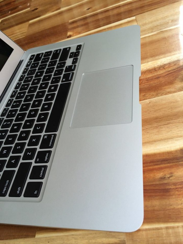 Macbook air 2012 MD231 | pin 5h đến 6 giờ.