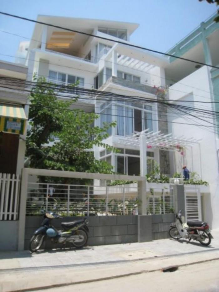 Cần bán biệt thự MT Phan Ngữ, P. Đa Kao, Q1. DT: 20x21m
